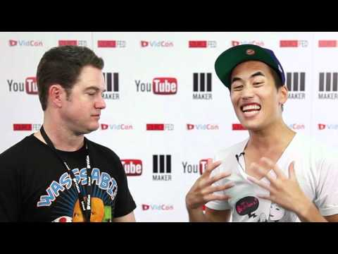 Andrew Huang backstage at Vidcon 2012