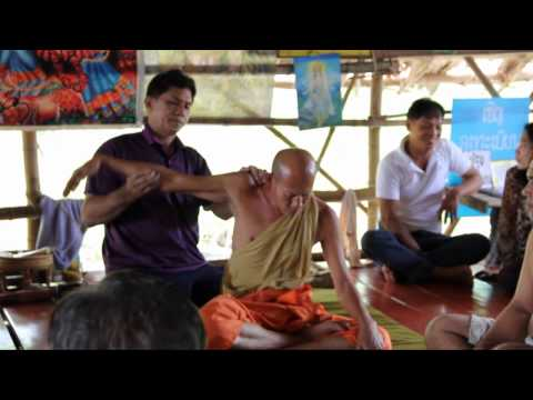 Bone Breakers - My visit to the Traditional Thai Chiropractic Healers