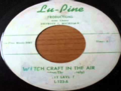 Betty Lavette - Witch Craft In The Air