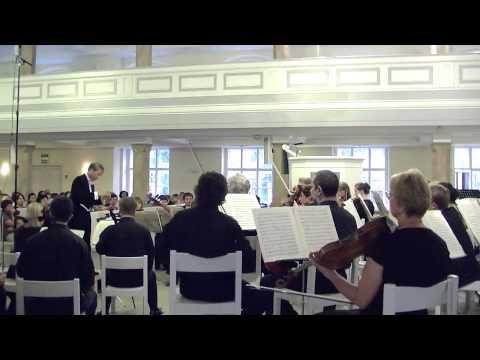 В. А. Моцарт. Симфония № 40 - Часть 3  Menuetto. Allegretto (g-moll, 3/4) - скачать и послушать mp3 в отличном качестве