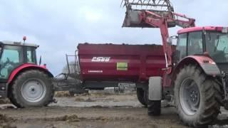 Przewóz obornika przyczepą rolniczą AUTO-TECH PSB8