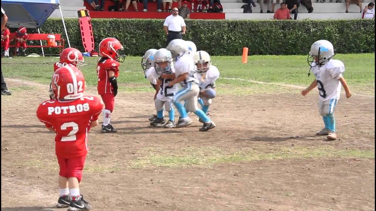 Espectacular Y Tierna Jugada De Futbol Americano En