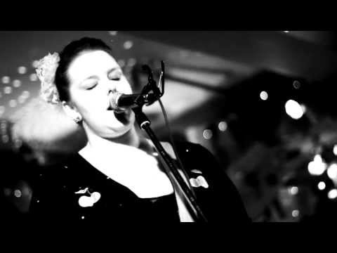 Alice Terry - Cold Woman live at Tattlers