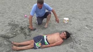 Yusuf Çok İstedi Bizde Onu Kuma Gömdük