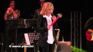 """RITA PAVONE: """"Datemi un martello"""" live @ Milano 2014"""