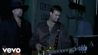 Watch Montgomery Gentry Cold One Comin On video
