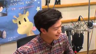 Video Yook Sungjae choose between Kim So Hyun and Red Velvet Joy download MP3, 3GP, MP4, WEBM, AVI, FLV Januari 2018