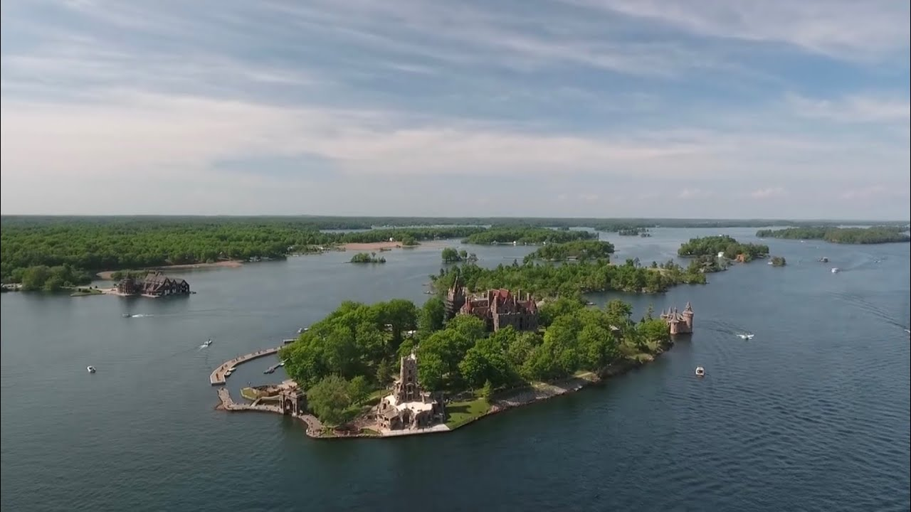 1000 Islands Cruise to Boldt Castle   New York, USA