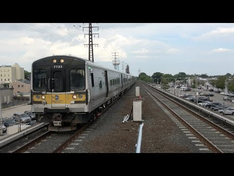 LIRR - Rockville Centre - Trains Arrive From Both directions