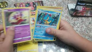 Pokemon : 2 shining legends, cards and pikachu coin.