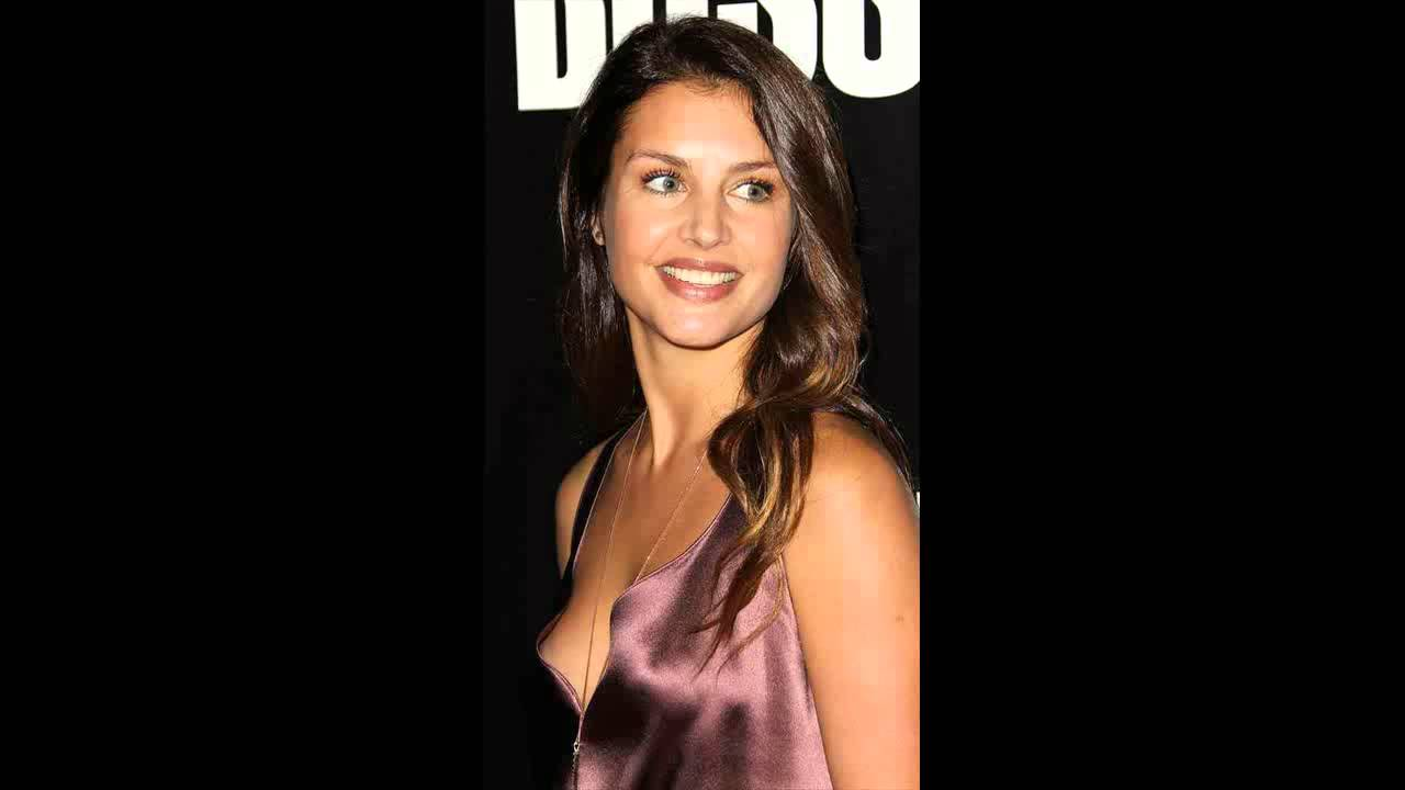 Hannah Ware Nude Photos 29