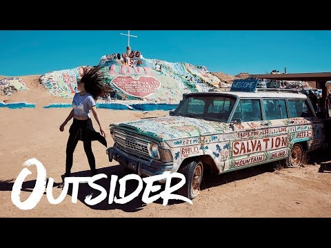 Spreading LOVE from Salvation Mountain - OUTSIDER