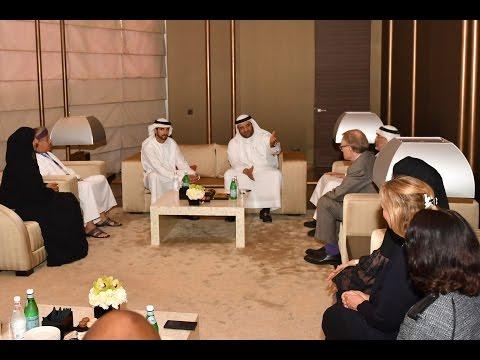 حمدان بن محمد يلتقي عمداء المدن المشاركة في قمة المدن العالمية