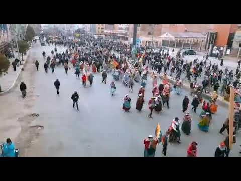 Bolivia sigue luchando en las calles contra el Gobierno golpista
