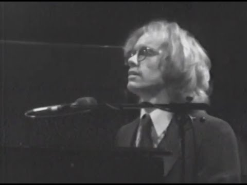 Warren Zevon - Excitable Boy - 4/18/1980 - Capitol Theatre (Official)