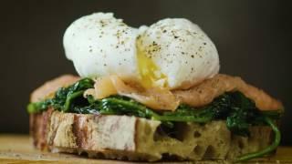 Pochera ägg – så gör du   Arla Köket