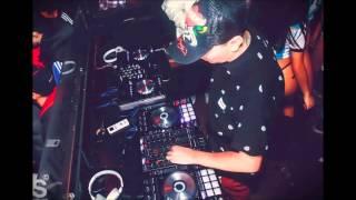 LA NUEVA Y LA EX - DADDY YANKEE - DJ KBZ@ - [ VOL 2 ]