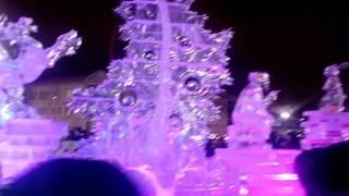 Екатеринбург площадь1905 года Елка 2016.12.30 Лазерное шоу