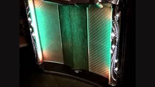 1956 wurlitzer model 2000 jukebox playing bobby sox to stockings by frankie avalon