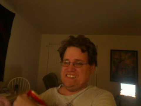hello im not dead    beebee890's webcam video March 22, 2010, 10:53 PM