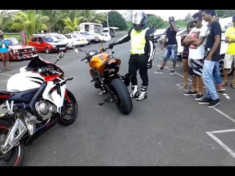 The insane tour nissan 01.03.15 Mauritius