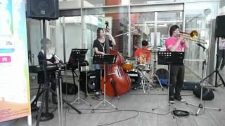 田中俊輔(trombone) 正木綾(piano) 坂井美保(bass) 岡本健太(drum)