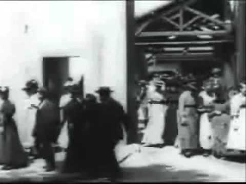 Leaving The Factory - Lumiere Brothers (1895)