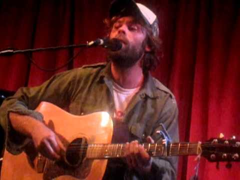 Neil Halstead - Digging Shelters (Live @ Bush Hall, London, 25.09.12)