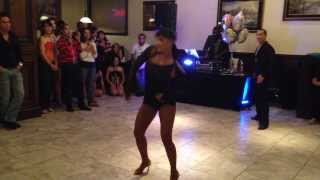 Amazing Salsa Dancing Performance