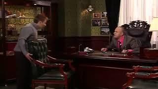 универ, Саша и Сильвестр спорят о деньгах