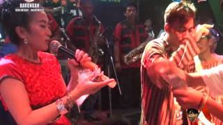 Video OLEH OLEH .LOLA KDI LIVE.17AN SEGERAN BARONGAN 2015 download MP3, 3GP, MP4, WEBM, AVI, FLV September 2017