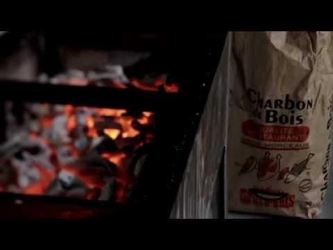 Les secrets de la fabrication d 39 un charbon de bois d for Fabrication charbon de bois