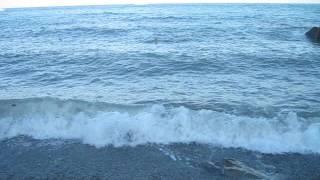 Шторм на Черном море в Крыму(В 2010 году мы объехали с семьей все побережье Крыма, видели и штиль и шторм на Черном море. Одно из архивных..., 2016-06-20T05:32:14.000Z)