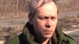 Боевики отводят тяжелое вооружение из 4 городов Украины(Видео снято недалеко от Макеевки Донецкой области. Боевики утверждают что начали отвод тяжелых вооружений...., 2015-02-24T12:45:14.000Z)