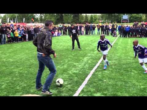 Robin Van Persie Shows His Tekkers At Dutch Tournament Feat. Touzani & Vilhena [HD]