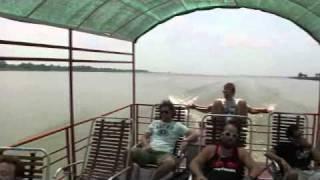 ベトナム チャウドックからプノンペンへ ボートで国境越え (カンボジア編)