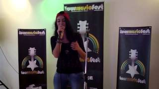 Valerie - Amy Winehouse (Leila Voice Live Cover)