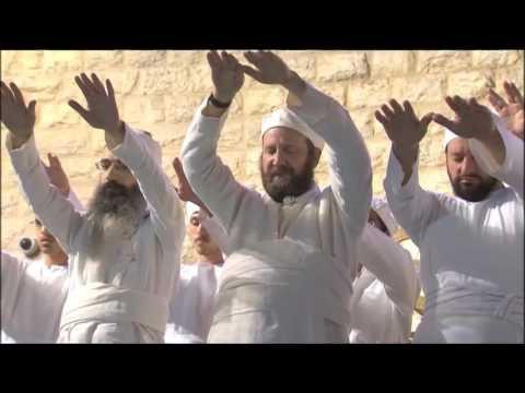 Israelis prepare for Passover 2017 in Jerusalem (REUTERS)