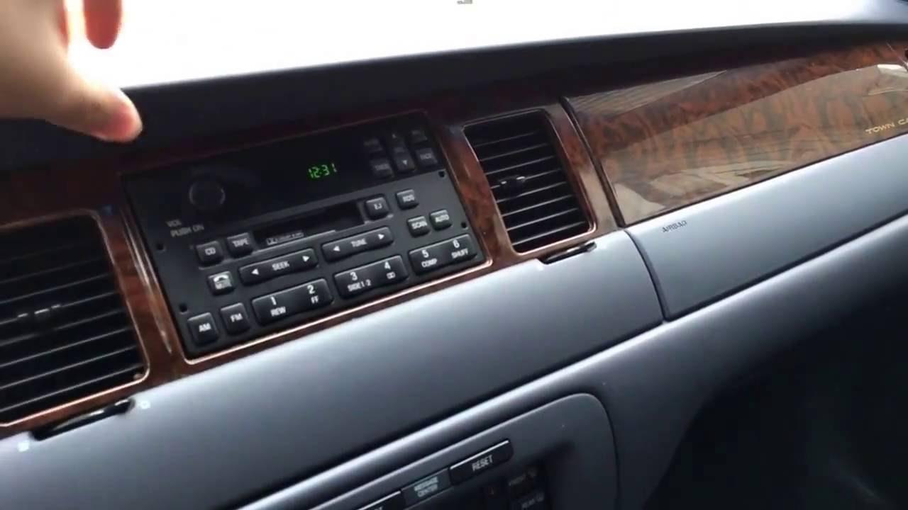 98 lincoln town car interior [ 1280 x 720 Pixel ]