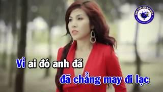 KARAOKE Khi Tim Anh Ði Lac   Thuy Khanh   YouTube