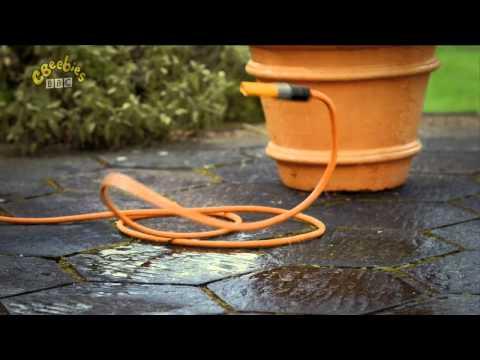 Twirlywoos Series 2 1 Getting Wet