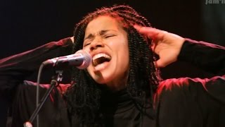 "Nneka LIVE ""Local Champion"" - My Fairy Tales - Tour 2015 @Jam'in'Berlin"