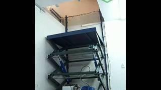 Гидравлический лифт(Ножничный гидравлический подъемник. грузоподъемность 500кг высота подъема 2.7 метра высота в сложенном..., 2011-05-11T17:40:55.000Z)