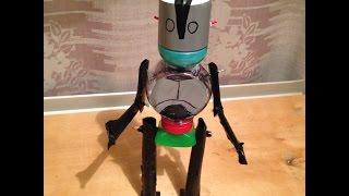 Мусорное искусство:Как самому сделать робота Стального гиганта(Приветствую друзья! Сегодня я сделаю робота из мультфильма Стальной гигант 1999 года ,кто не смотрел настояте..., 2015-03-31T21:51:08.000Z)