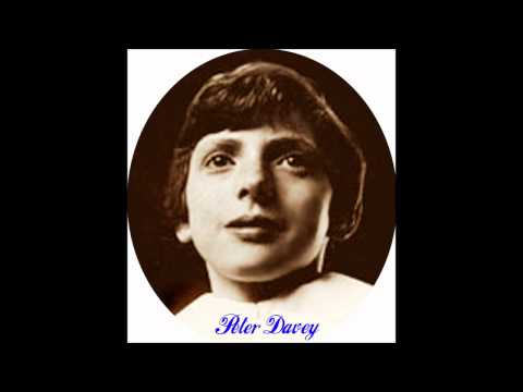 Peter Davey (boy soprano) sings Morning has Broken ~ 1981.wmv