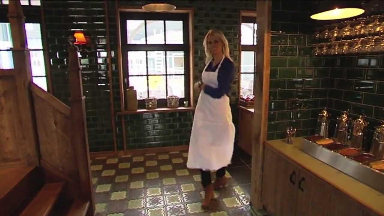 Restaurant Dickens Huizen : Dickens pannenkoekenhuis te huizen youtube