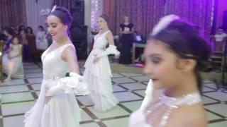 Fantaziya White dance