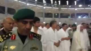 Президент Алмазбек Атамбаев совершил малый хадж в Мекке
