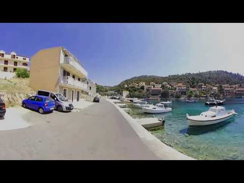 Brna longboard cruising in 360 (Korčula island)
