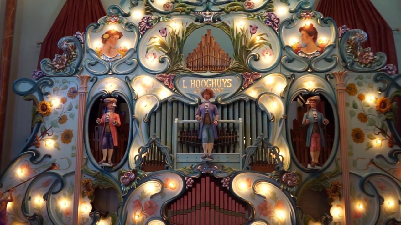 "Listen to ABBA's ""Dancing Queen"" Played on a 1914 Fairground Organ"